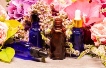 Óleos essenciais: fique por dentro das suas vantagens para a pele